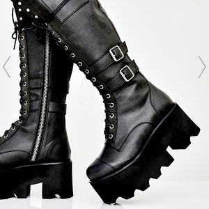 Jane Doe Boots from current mood